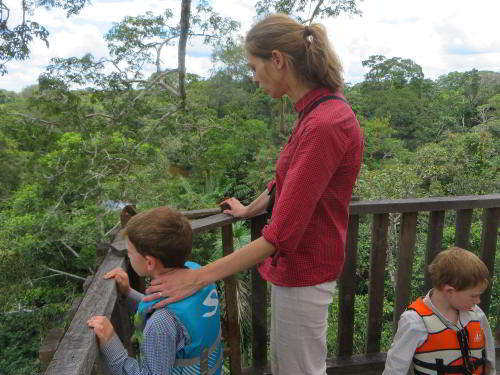 BEST BEST ECUADOR TRAVEL [CUYABENO TOURS]: Canopy tower platform.