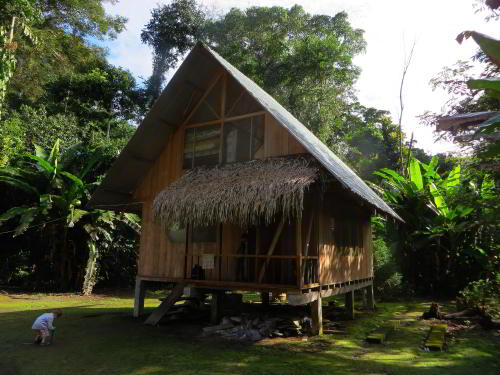 BEST BEST ECUADOR TRAVEL [CUYABENO TOURS]: Cofan Lodge Cabin.