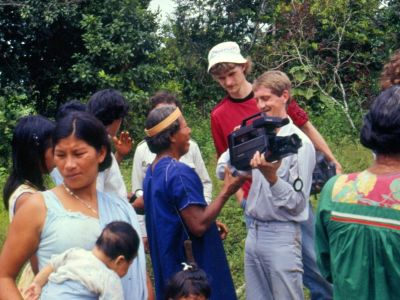 FORÊT AMAZONIENNE, ÉQUATEUR: An entire Siona family including babies participated in the first Cuyaeno ecotour in 1986.