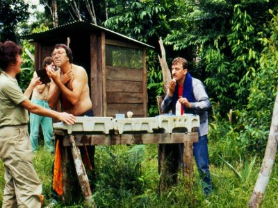 FORÊT AMAZONIENNE, ÉQUATEUR: The bathroom for the first ecotour in 1986 was an outhouse and a field table.